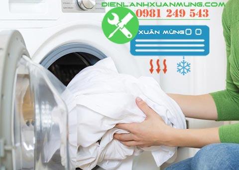 cách giặt quần áo sạch bằng máy giặt